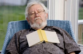 Причины долгого сна у пожилого человека