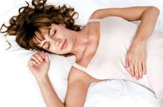 Почему нужно спать на спине