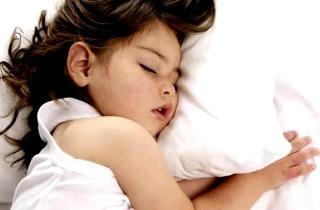 Причины скрипа зубов во сне