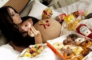 Причины возникновения плохих снов во время беременности