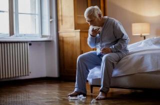 Как остановить кашель ночью у взрослого